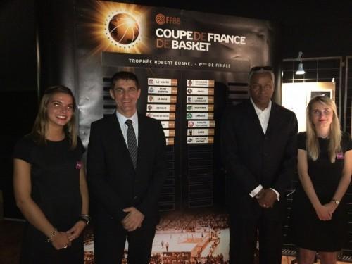 Jean-Pierre Siutat et Tony Parker Senior ont effectué le tirage au sort des 8e de finale de la Coupe de France - Photo Maël Le Ninan